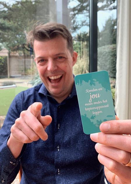Mark met complimentkaartje